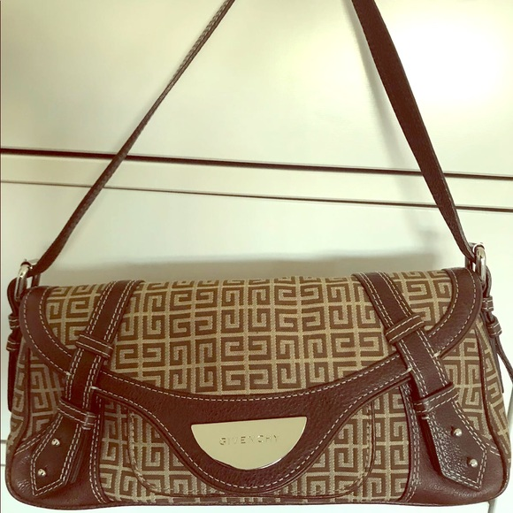 45279611100d Givenchy Handbags - Givenchy classic never used brown beige bag